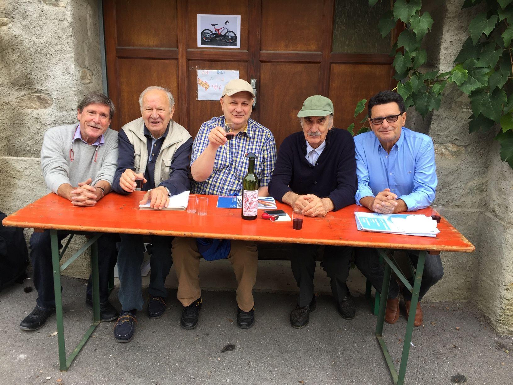 12.09.2015 - Giuria Artisti in Erba a Breganzona. Da sinistra: Jean Marc Bühler, Luciano Gatti, Adriano Crivelli, Emilio Rissone e Luciano Carazzetti.