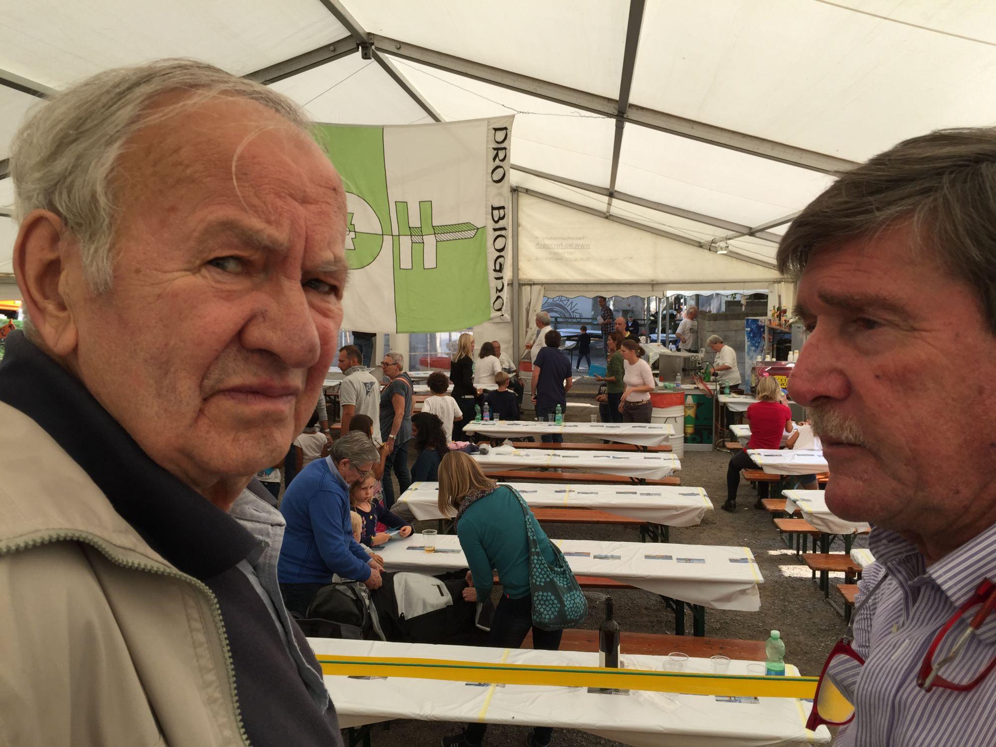 12.09.2015 - Giuria Artisti in Erba a Breganzona. Luciano Gatti con Jean Marc Bühler.
