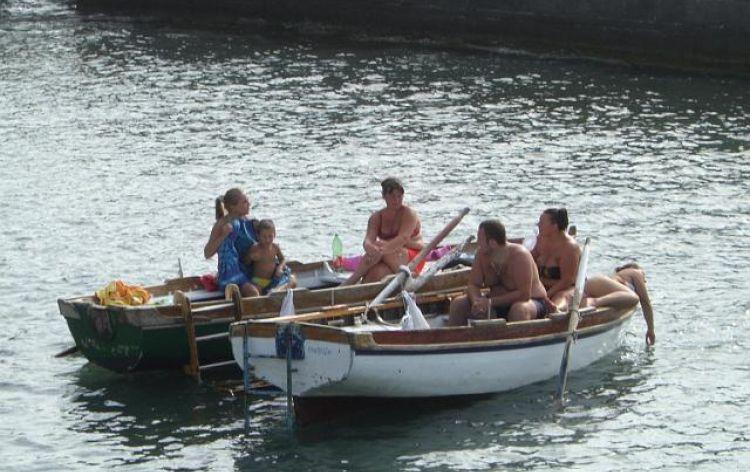 ...ci rilassiamo (Napoli, Italia, 2007)