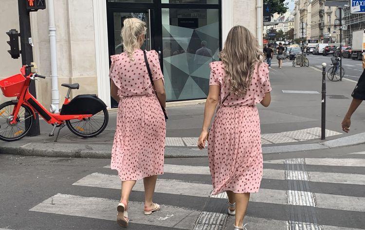 la rue en rose - Parigi (Francia). 2019